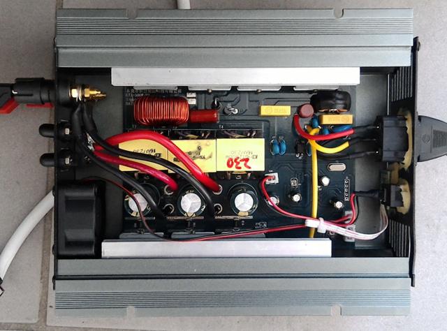 Гибридный инвертор для солнечных батарей: выбор и принципы устройства