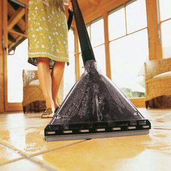 Шампунь для моющих пылесосов: какое моющее средство лучше выбрать
