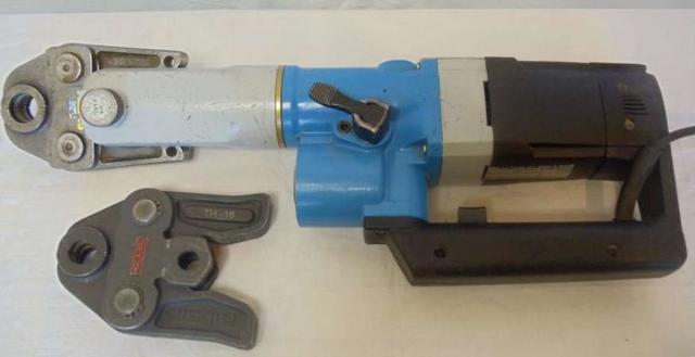 Пресс-клещи для металлопластиковых труб: виды, как выбрать, сравнительный обзор