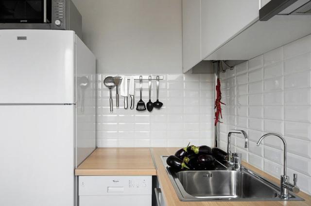 Как спрятать газовую колонку на кухне: требования безопасности + подборка лучших идей по маскировке