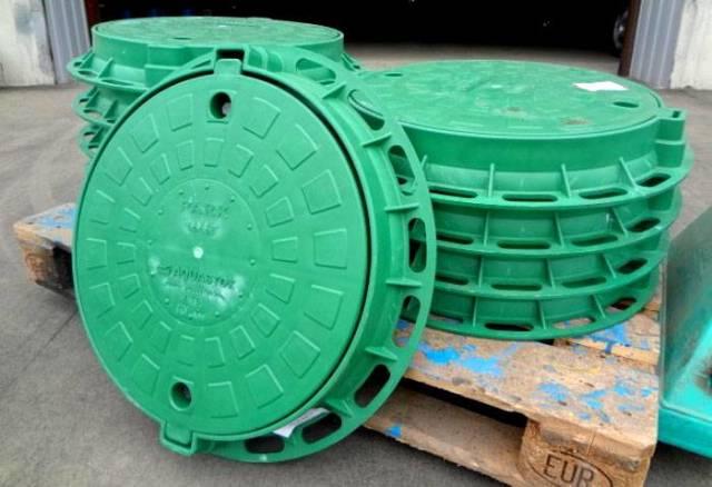 Пластиковая вставка в колодец: виды, как подобрать, правила монтажа