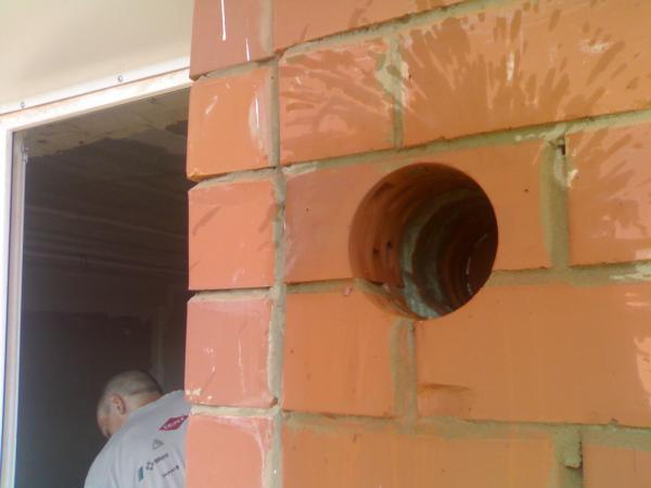 Вытяжная вентиляция через стену на улицу: как установить вытяжной клапан