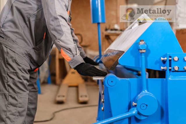 Гибка металлических труб: технологические тонкости выполнения работ