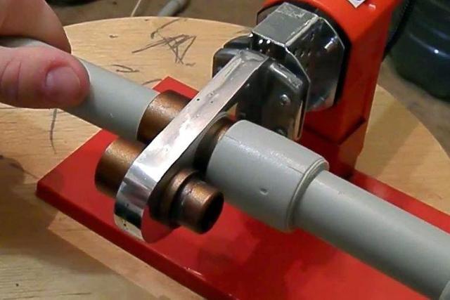 Сварочный аппарат для полиэтиленовых труб: виды, как выбрать, лучшие модели