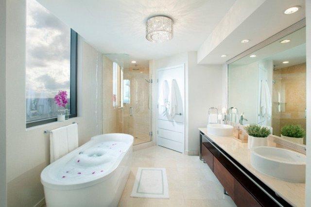 Освещение в ванной комнате: правильная организация поставки света