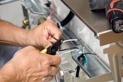 Как проверить посудомойку перед покупкой: советы покупателям