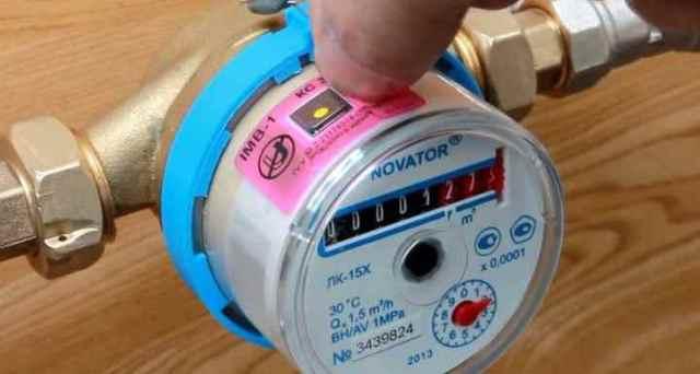 Антимагнитная пломба на водяной счетчик: разновидности, принцип работы + правила использования и установки пломбы