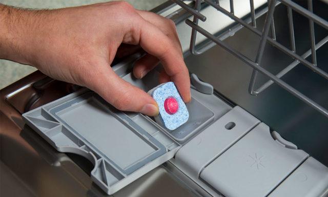 Какие таблетки для посудомоечной машины лучше: советы по выбору и обзор