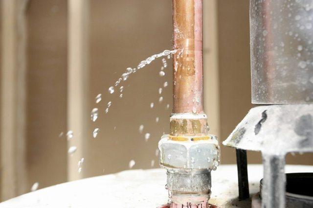 Почему гудит, щелкает, свистит и трещит газовая колонка? Поиск причин и их устранение