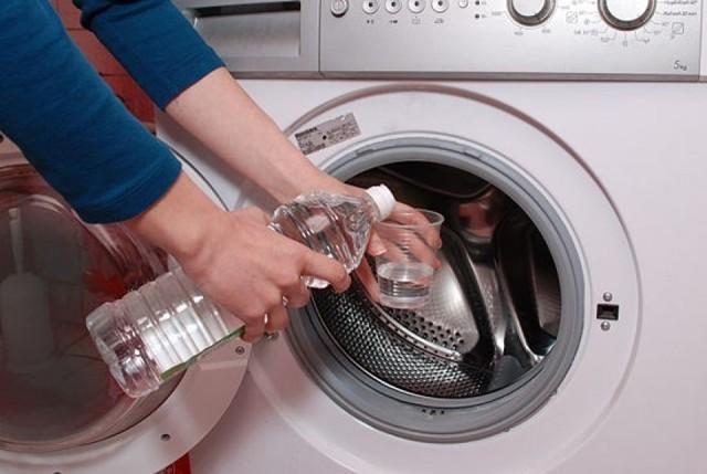 Как и чем почистить стиральную машину: лучшие способы