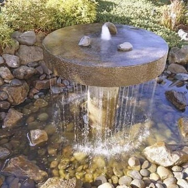 Насосы для фонтанов и водопадов: виды, как выбрать, установка и подключение
