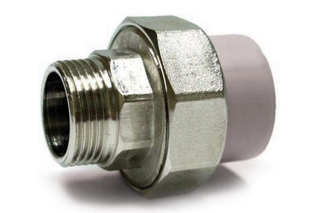 Соединение пластиковых труб с металлическими: обзор лучших способов