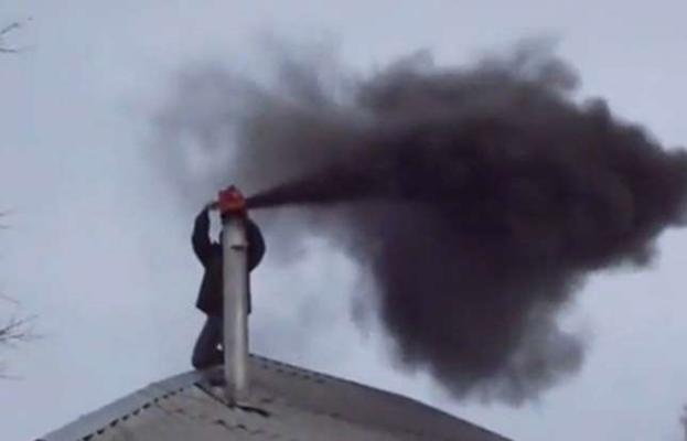 Чистка дымохода от сажи: лучшие методы и средства прочистить дымовую трубу