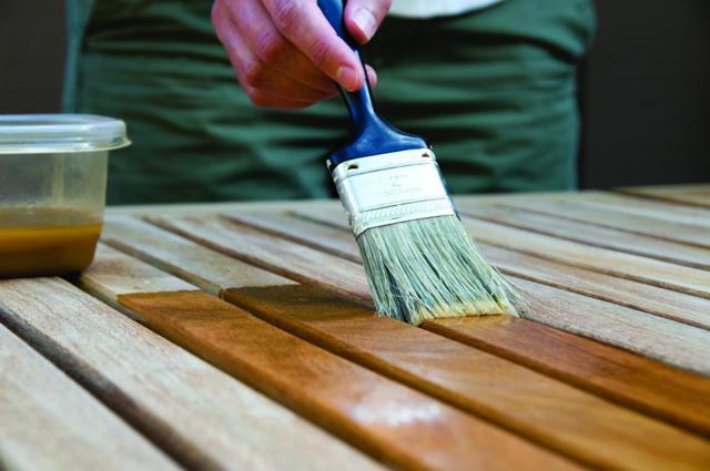 Как убрать плесень с деревянных поверхностей: обзор лучших способов