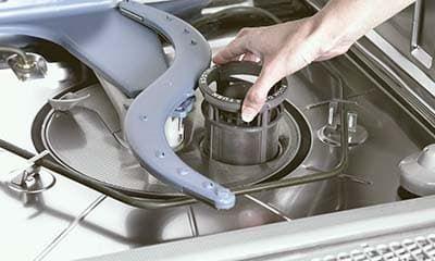 Популярные поломки бака посудомоечной машины + как устранить своими руками