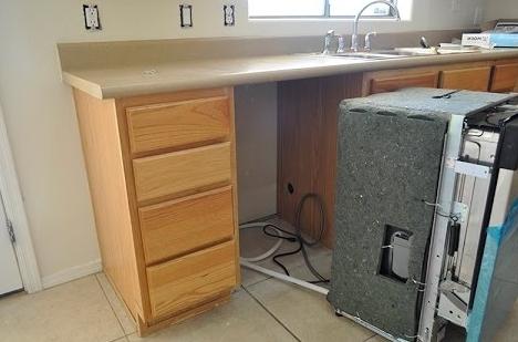 Как встроить посудомоечную машину в готовую кухню: варианты + порядок выполнения работ