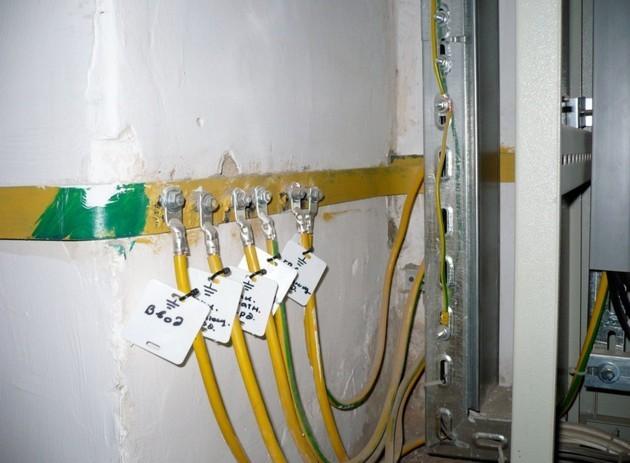 Почему газовая труба бьет током: распространенные причины и способы исправить ситуацию