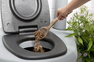 Как чистить биотуалет: специфика и способы очистки торфяных и жидкостных типов биотуалетов