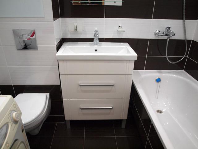 Как спрятать трубы в ванной: обзор лучших способов