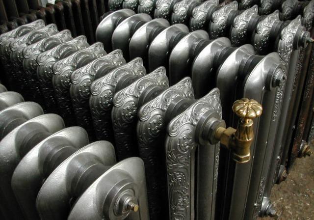 Чугунные радиаторы отопления: достоинства, недостатки батарей