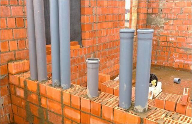 Вентиляция канализации в частном доме: схемы, нормы и требования
