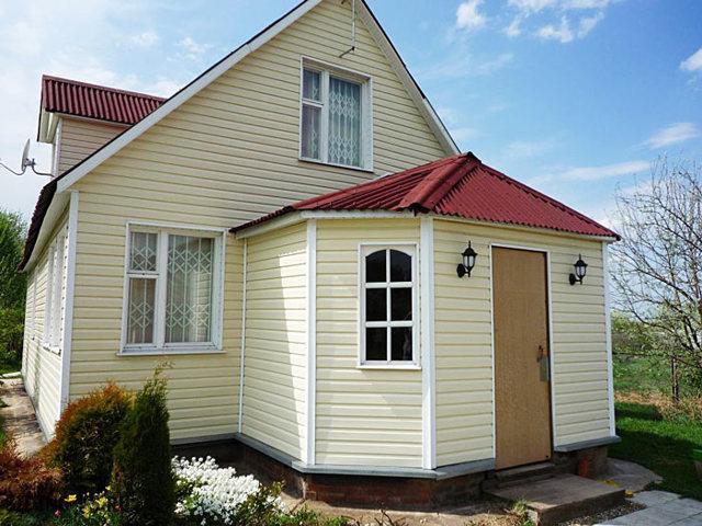 Отделка дома снаружи: чем лучше обшить дом?